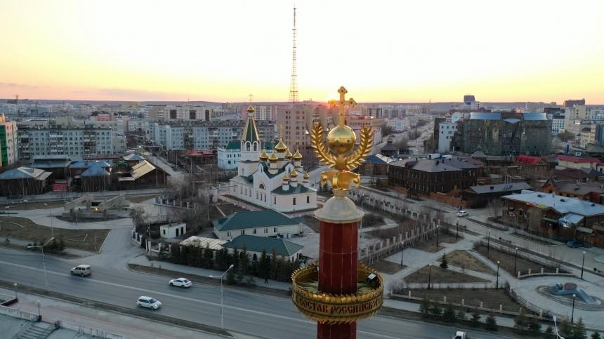 «Крутейший вмире»: Чак Норрис поздравил жителей Якутска сДнем города