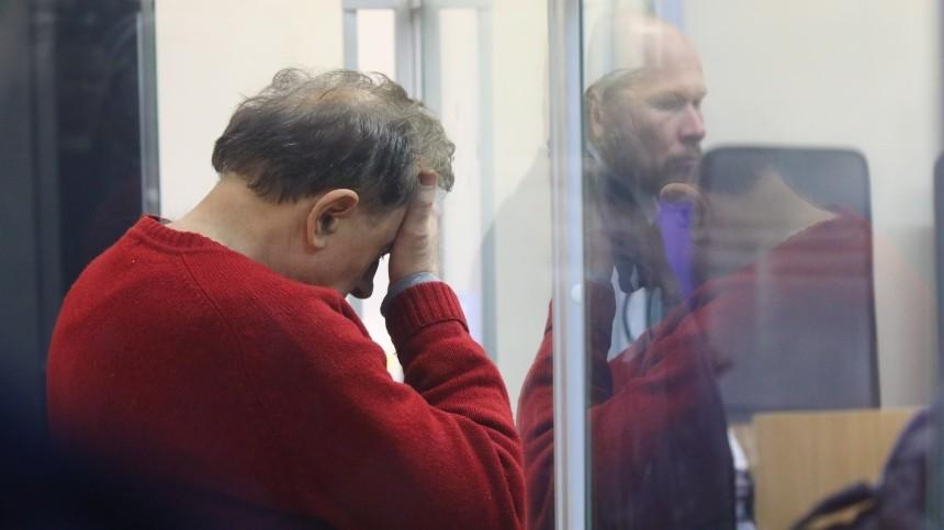 Пять ударов опол истены: Соседка Соколова озверствах историка накануне убийства Ещенко