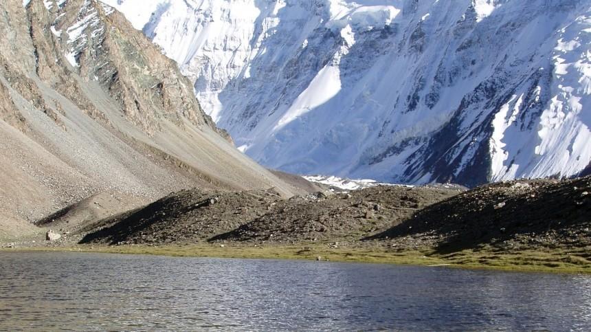 Масштабы таяния ледников шокировали ученых. Чем это грозит?