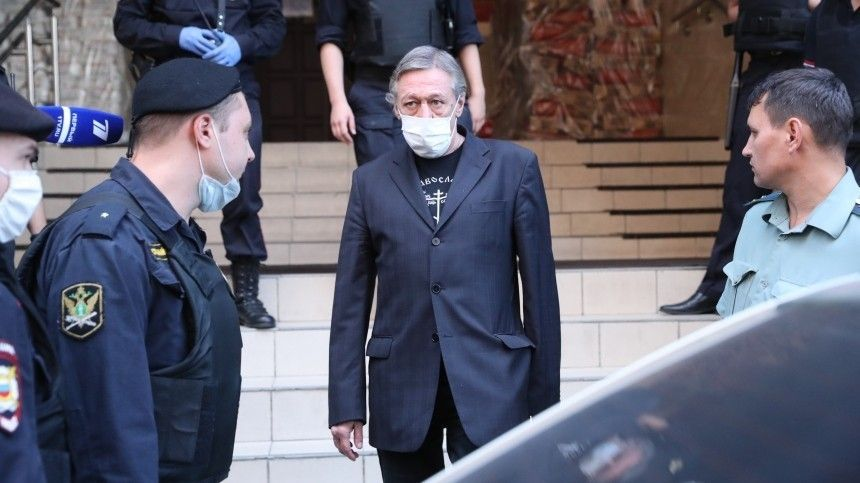 Вапелляционном суде Ефремова возможно будет представлять команда юристов