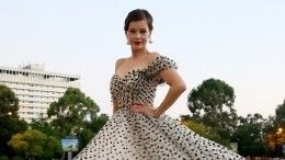 «Праздник кино!»: Катерина Шпица рассказала овыборе платья сглубоким декольте для «Кинотавра»