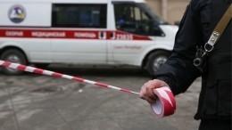 Видео: Жесткое ДТП парализовало движение наДворцовой набережной вПетербурге