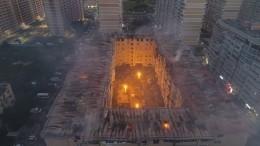 Губернатор назвал самостроем горевшую ночью вКраснодаре многоэтажку