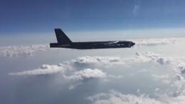 Видео: Истребители РФперехватили три бомбардировщика США над Черным морем