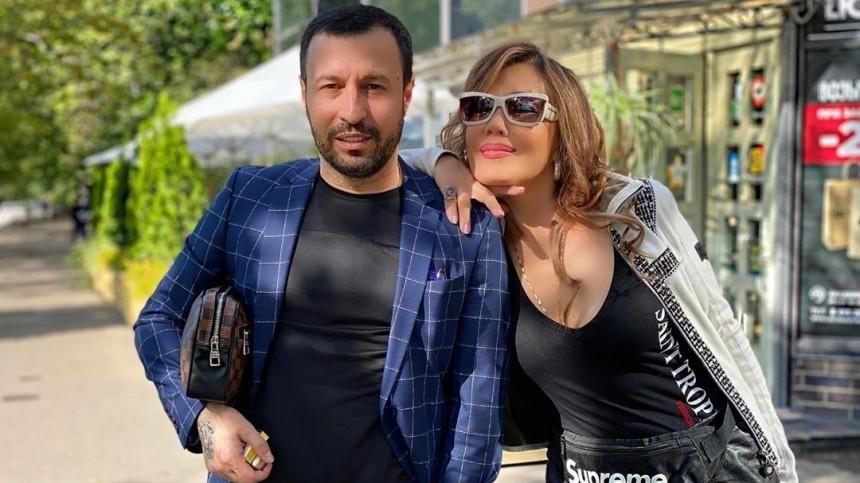 «Небыло никаких измен»: жених Азизы высказался оботмене свадьбы певицой