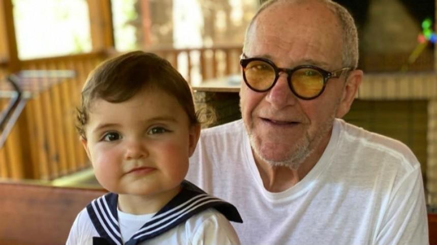 Фото: Виторган, Петросян идругие звезды, которые стали родителями после 60 лет