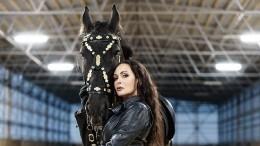 Разнимала лошадей: Лариса Луста рассказала опричине госпитализации