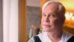 «Это все бред»: директор Моисеева отреагировал наслухи оего критическом состоянии