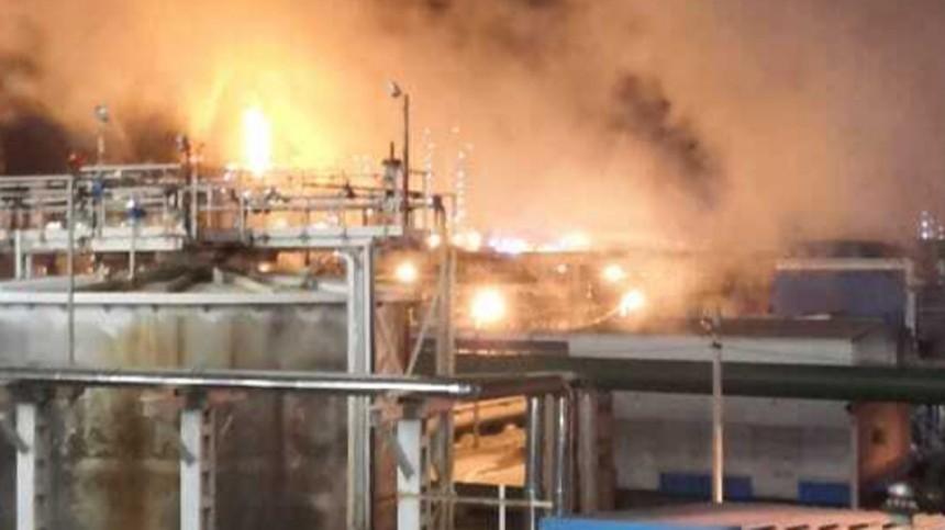 Трубопровод сводородом вспыхнул назаводе вТульской области— видео