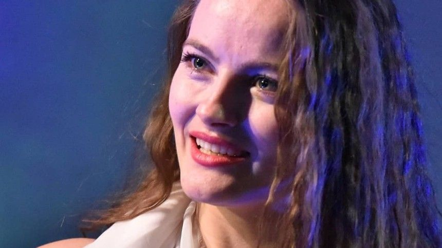 Любовницу Тарзана довели дослез нателешоу из-за еесвязи сженатым мужчиной
