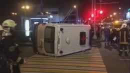 Видео сместа столкновения «скорой помощи» имаршрутки вМоскве