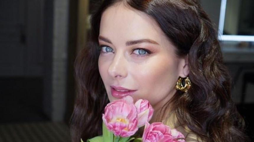 «Платье недорогое»: образ Марины Александровой на«Кинотавре» раскритиковала дизайнер