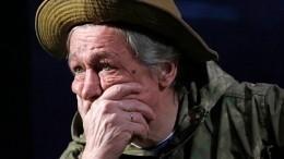 «Человек уже умер»: мама погибшего курьера Захарова простила Михаила Ефремова