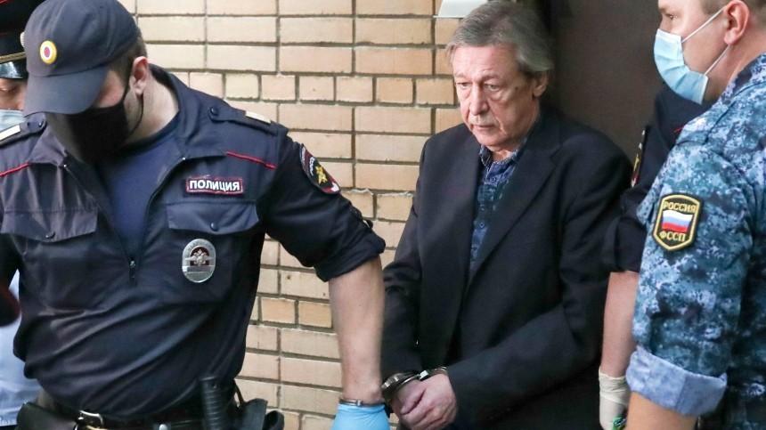 Новые адвокаты Ефремова объяснили, накаком основании будут добиваться условного срока