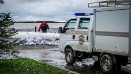 Большая вода: Жители затопленного поселка вХабаровском крае отказываются уезжать