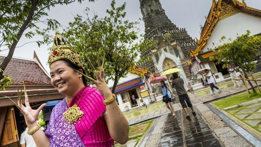 Российских туристов вТаиланде пугают штрафами иарестами из-за нового закона