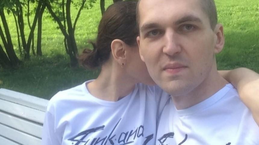 Любовница Картрайта обвинила Кохал втом, что таупустила мужа