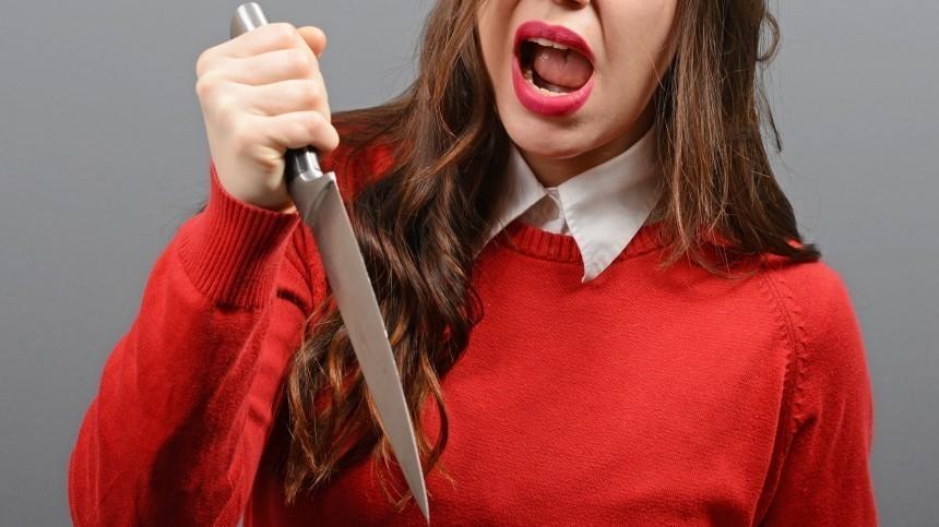 Под Волгоградом женщина при детях заколола ирасчленила мужа— шокирующие кадры (18+)