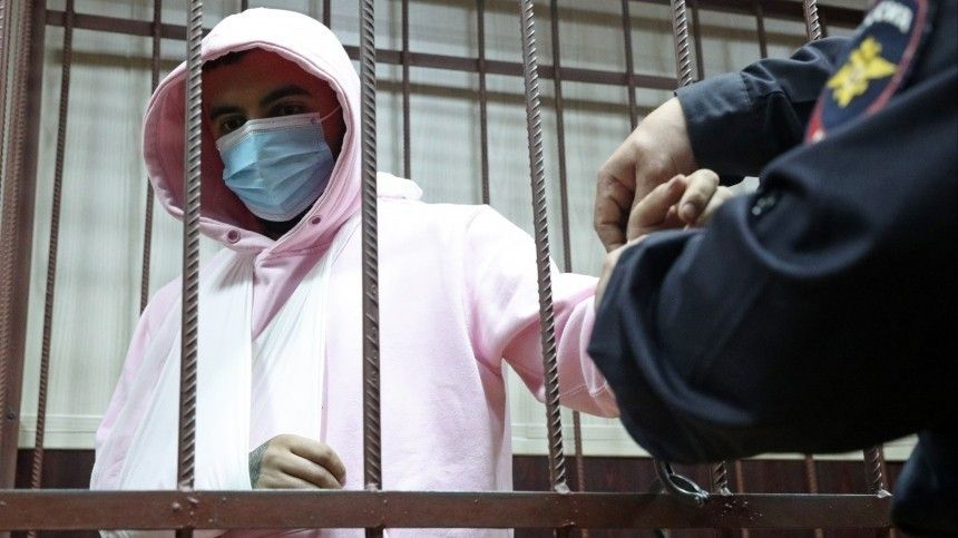 Рэпер Эллей признал вину всовершении резонансного ДТП вМоскве