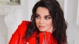 Очередное разочарование: концерт Королевой отменился после скандала сизменой Тарзана