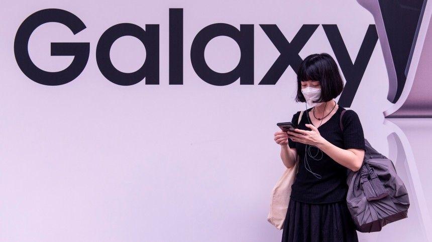 Samsung представил бюджетную версию Galaxy S20