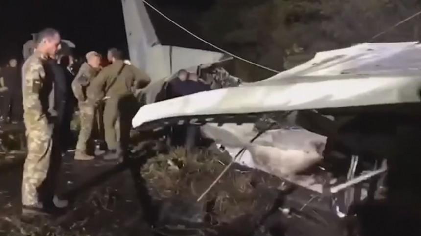 Число погибших вавиакатастрофе под Харьковом возросло до22 человек