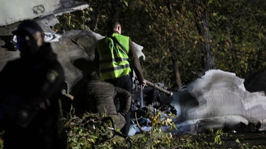 Пилот рухнувшего под Харьковом самолета сообщал оботказе левого двигателя