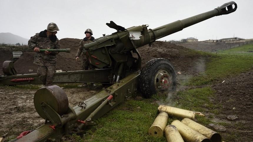 ВНагорном Карабахе заявили огибели десяти военных вбоях сАзербайджаном