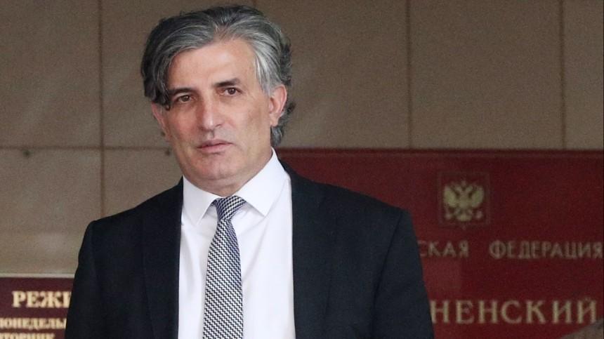 Семья Ефремова подаст заявление вполицию наего бывшего адвоката Пашаева