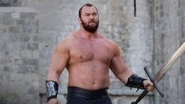 Гора из«Игры престолов» стал отцом вовторой раз— умилительное фото