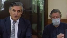 «Небудем вредить»: Пашаев отказался комментировать обвинения состороны Ефремова