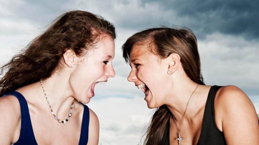 Хуже врага: представительницы каких знаков зодиака несозданы для дружбы