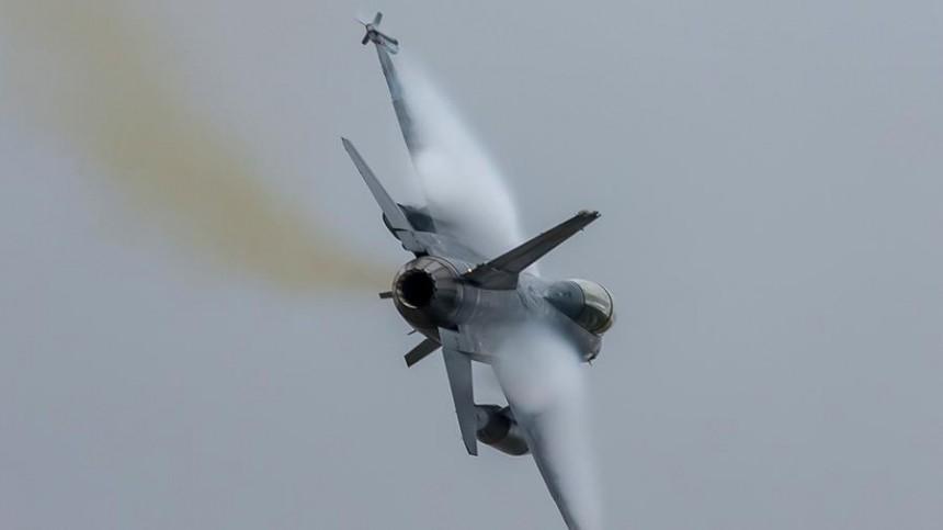 ВСтепанакерте заявили озафиксированном применении турецкого F-16 над Карабахом