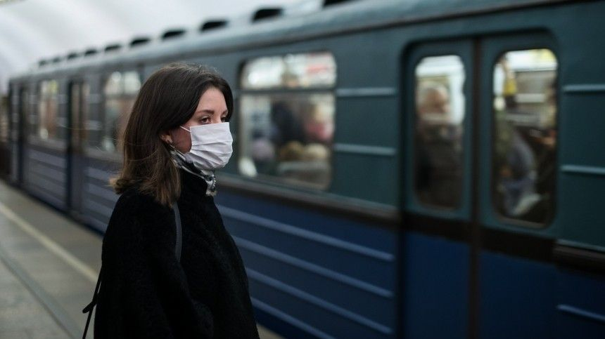 Вобщественный транспорт Петербурга непустят пассажиров без масок иперчаток