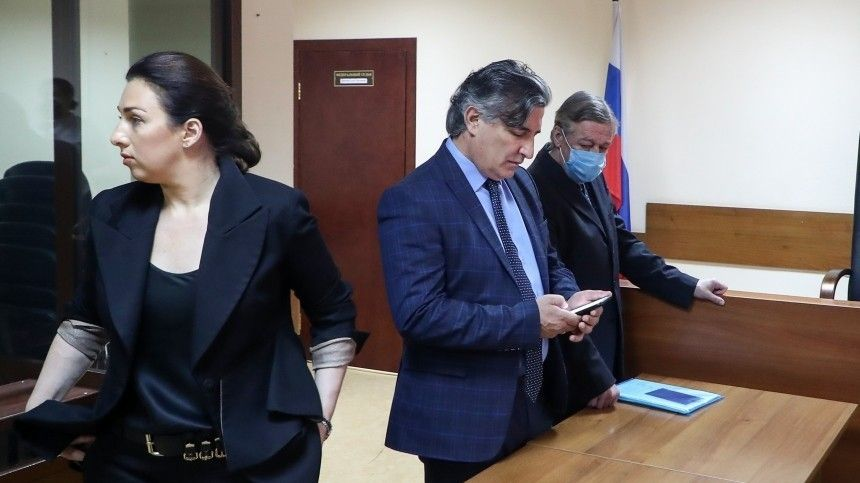 Пресненский суд получил заявление Ефремова оботказе отуслуг Пашаева