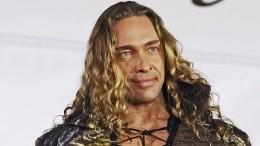 «Какой смешной сегодня день»: Тарзан песней ответил, съехалли онотжены