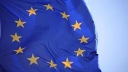 Макрон объяснил отказ отвключения Лукашенко в«черный список» Евросоюза