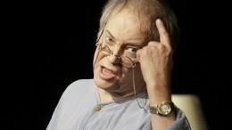 «Тычто, сам непьешь?»— Конкин обрушился соскорблениями нажениха своей дочери