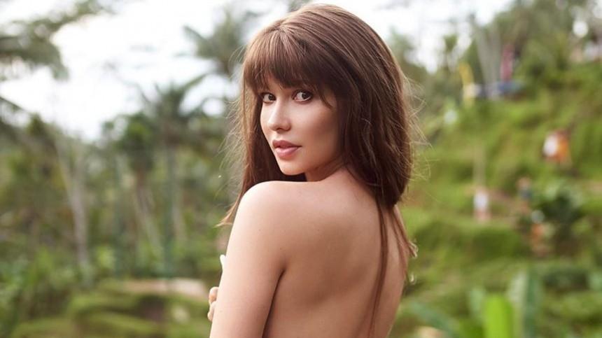 Звезда Playboy «постирала все вещи» иосталась водном сексуальном белье— фото