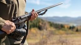 Застрелившего белого медведя браконьера разыскивают вЯкутии