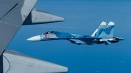 Видео: Су-27 сопроводил четыре иностранных самолета увоздушной границы РФ