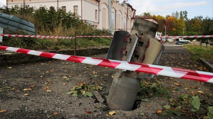 Перемирие нарушено: Ереван иБаку обвиняют друг друга вобстрелах