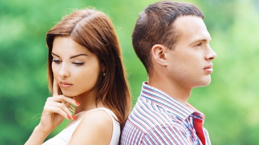 Любит-не любит: почему мужчина непризнается вчувствах? Мнение психолога