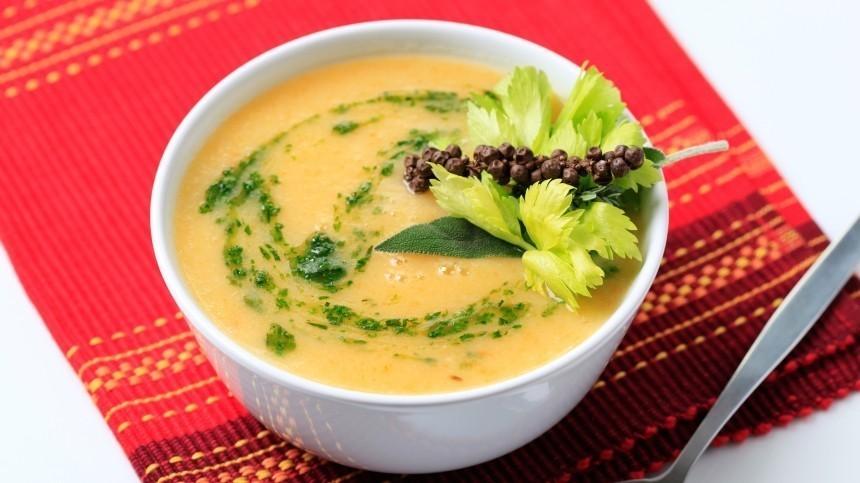Назван ингредиент, который сделает идеальным любой суп