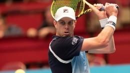 Почему зараженный СОVID-19 теннисист изСША сбежал изПетербурга?