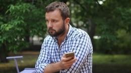 Белорусского политтехнолога Виталия Шклярова освободили из-под стражи