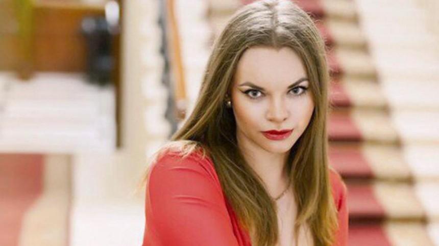Модель-вымогательницу, обвинившую Никаса Сафронова визнасиловании, ждет суд