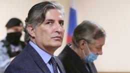 Ефремов просил нелишать Пашаева статуса адвоката