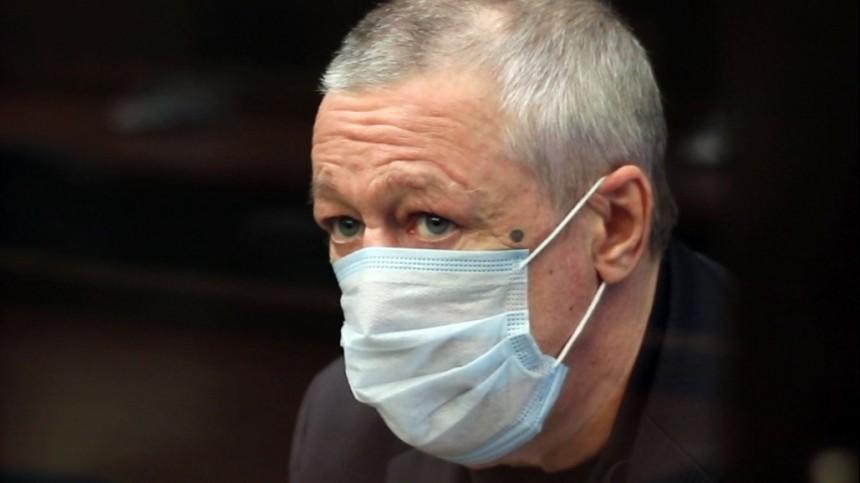 Михаил Ефремов выплатил компенсации троим потерпевшим