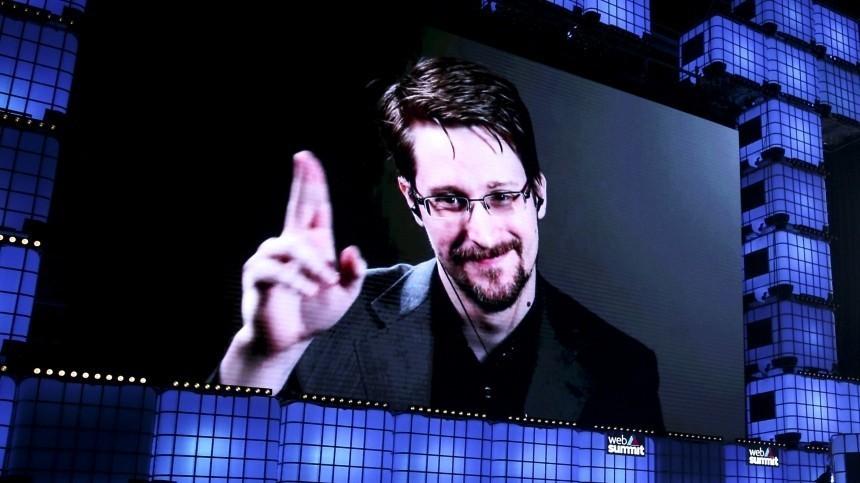 Бессрочный гость: Эдвард Сноуден получил постоянный вид нажительство вРоссии